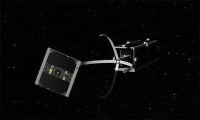 微型卫星具有ManBetXapp下载照明