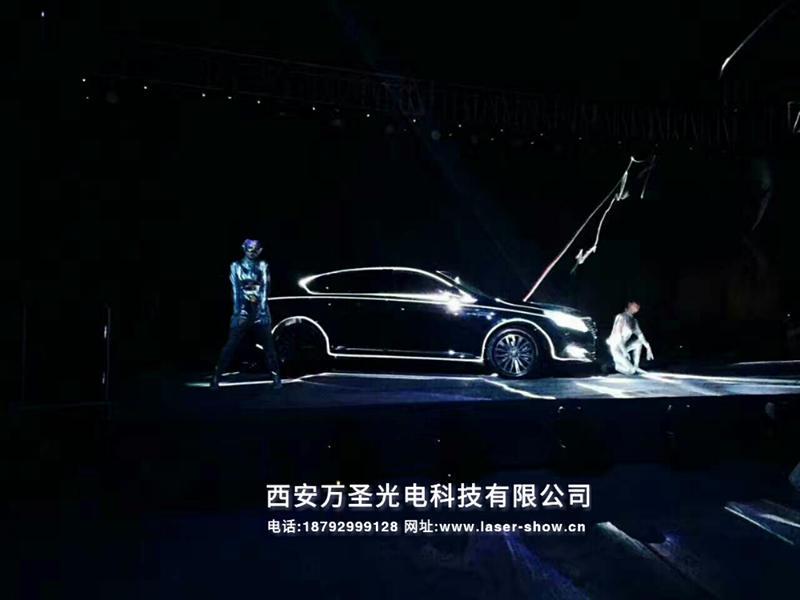 敢想敢超越,哈尔滨传祺GA8上市发布会,车体激光秀揭幕